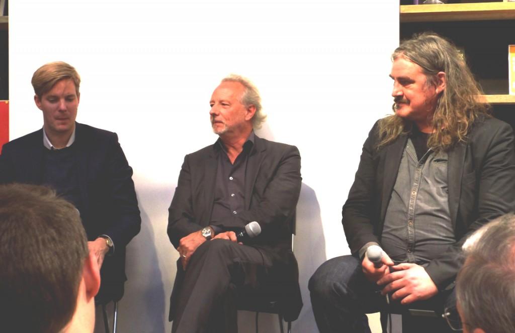 De Morgen Happy Hour. Met: Joost de Vries, Stefan Hertmans en Ilja Leonard Pfeijffer.